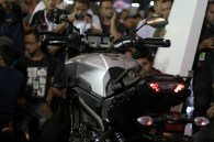 Yamaha MT-09 Tracer di booth Yamaha di Indonesia International Motor Show (IIMS) 2016 (6)