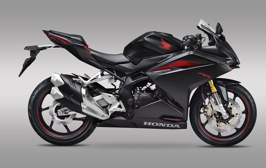 All New Honda CBR250RR tahun 2016 warna hitam