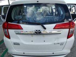 bagian belakang Daihatsu SIGRA tahun 2016