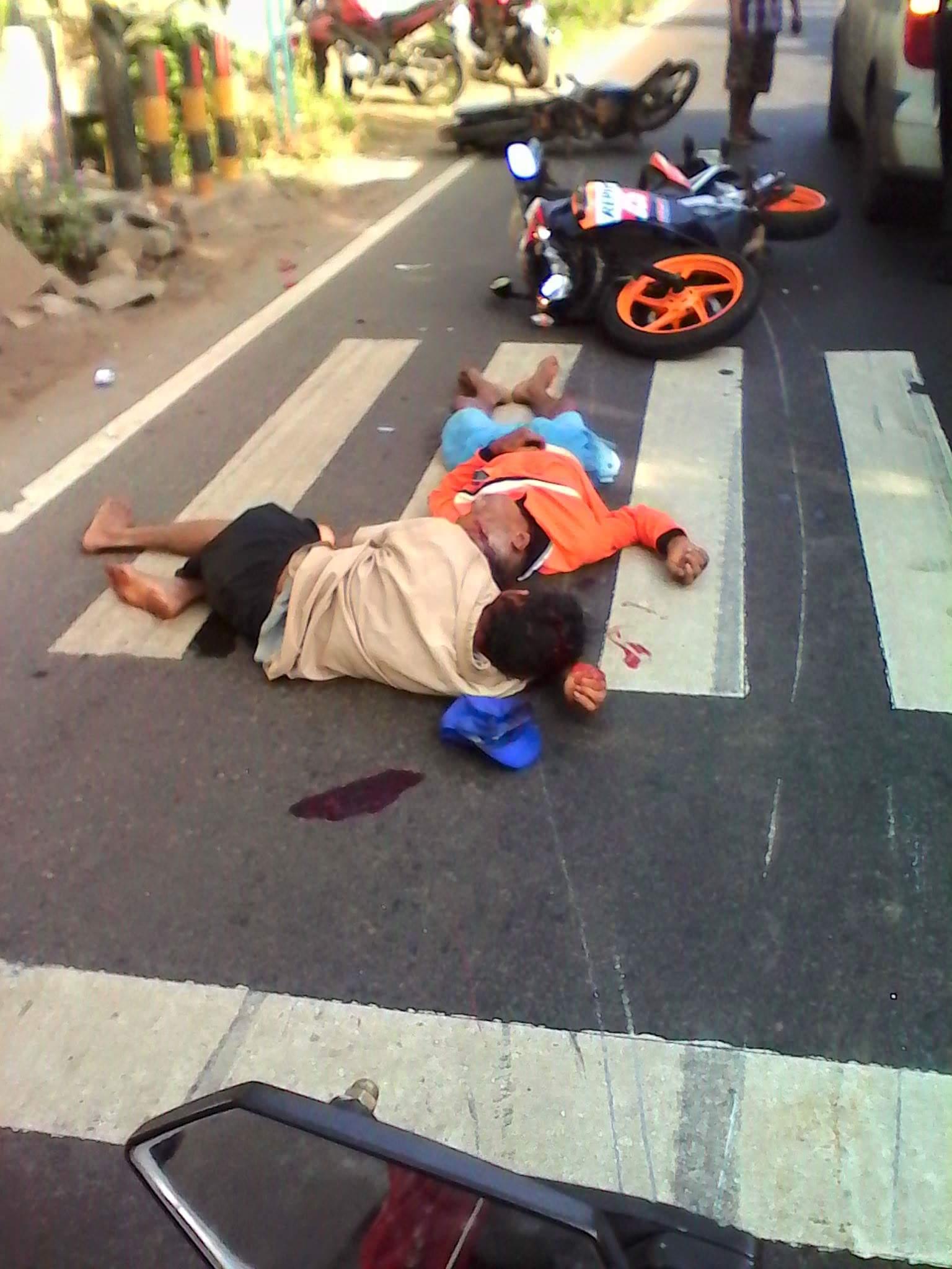 kecelakaan motor honda repsol CBR dengan bebek di perum tasikmadu tuban 23 Juli 2016