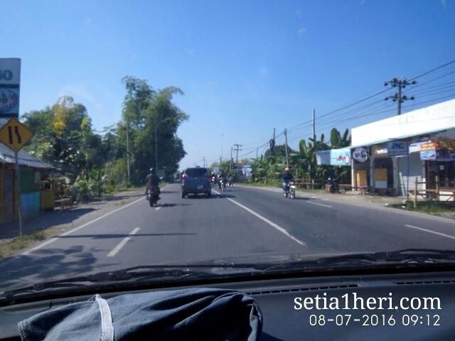 kondisi jalanan mulus Bojonegoro Kalitidu Padangan Ngawi tahun 2016~02