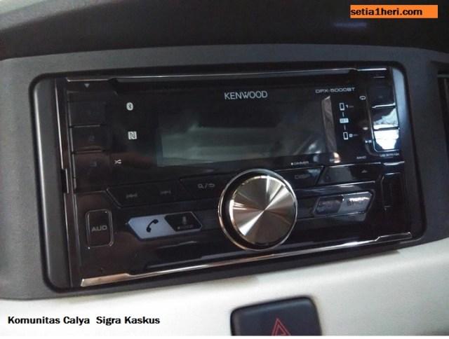 HU Audio si Sigra R merk kenwood