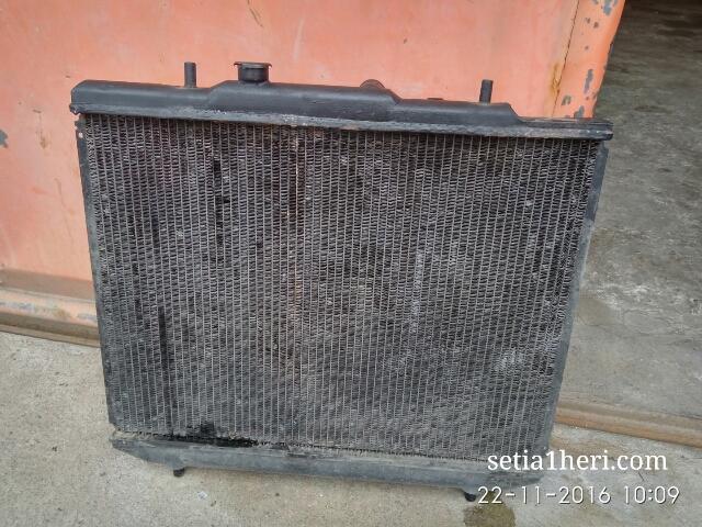 korok-dan-service-radiator-taruna-di-gresik