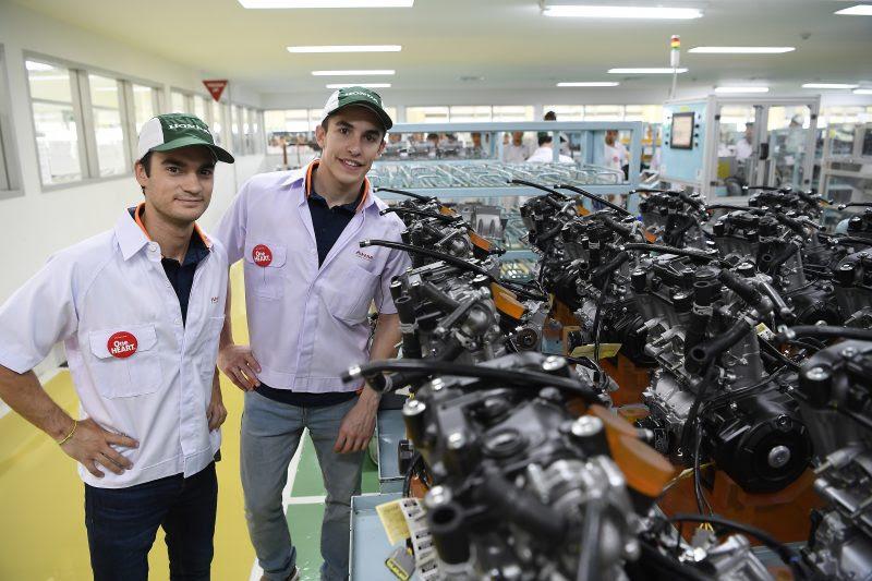 marc marquez dan dani pedrosa kunjungi pabrik honda di karawang 2 pebruari 2017~04