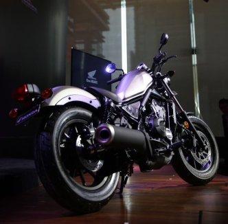 warna honda cmx 500 rebel di indonesia tahun 2017