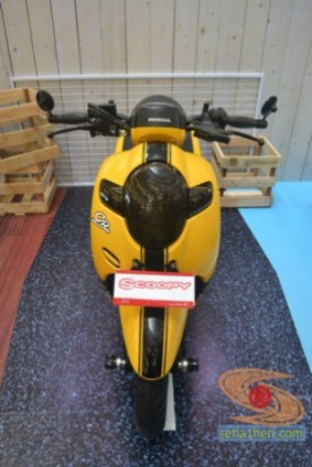 honda scoopy 12 inch modif caferacer tahun 2017 (3)
