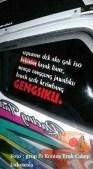 tulisan stiker di kaca truk canter