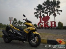 KHS Ngincipi Yamaha Aerox 155 VVA buat harian wira-wiri Gresik - Surabaya (1)
