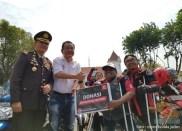 Serunya Honda CB150R StreetFire Konvoi Kemerdekaan 2017 di Kota Surabaya (4)