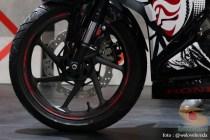 velg Honda CBR250RR Special Edition tema The Art of Kabuki tahun 2017