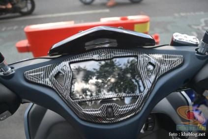 Kumpulan modifikasi minimalis Yamaha Aerox 155 VVA (15)