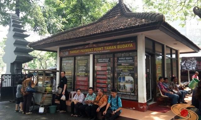 Pengalaman bayar pajak motor di Samsat Payment Point Taman