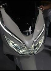 Spesifikasi, harga dan pilihan warna Honda PCX 150 lokal Indonesia tahun 2018 (8)