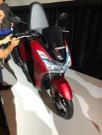 Penampakan Yamaha Lexi 125 cc tahun 2018...mirip adiknya NMAX gans.. (6)