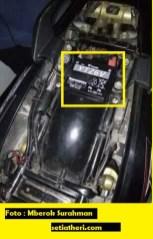 posisi aki modif berlubang bagian rangka tengah pada Honda Tiger