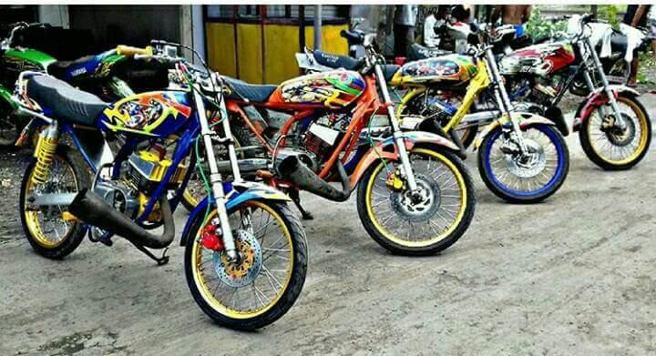 Kumpulan Stiker Biker Ora Ora Ora Vespa Ora Bahagia