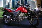 pilihan warna merah honda cb150 verza tahun 2018