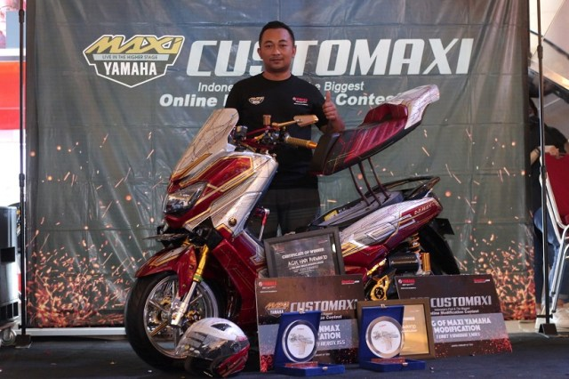 The Best Nmax Modification & King of MAXI Yamaha Modification adalah Agus Hadi Purwanto (Bandung)