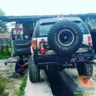 letak antena rakom di mobil bagian belakang