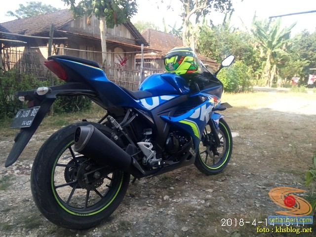 Serunya blogger setia1heri manasin mesin Suzuki GSX R 150 alias si 3C0 buat sungkem emak di Tuban (8)