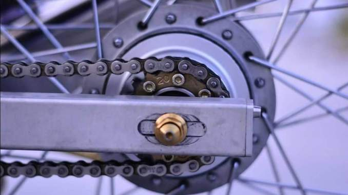 Kelebihan dan kekurangan penggunaan gear belakang kecil pada sepeda motor