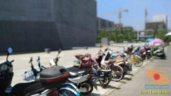 penampakan roda dua dan sepeda listrik di Ninjiang, Shanghai, China (1)