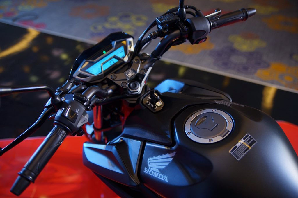 posisi stir Facelift Honda CB150R StreetFire tahun 2018