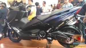 Gambar detail Yamaha Tmax DX tahun 2018 dan harga spesifikasi nya (10)