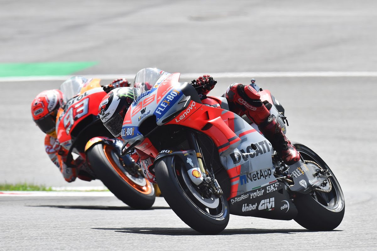 Download Video Full Race Moto GP Austira, 2018 : Lorenzo agresif dan menang duel dengan Marquez