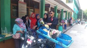 Nunggang Honda Verza, pemuda ganteng jas parlente penjual tahu asal Bogor ini pikat gadis hingga emak-emak gans (1)