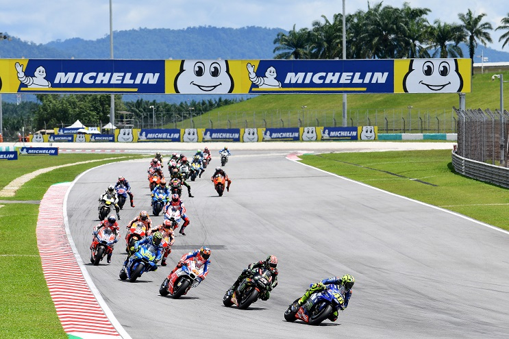 Download Video Full Race Moto GP Malaysia 2018 : Mbah Rossi kepleset, Marquez sabet podium pertamax