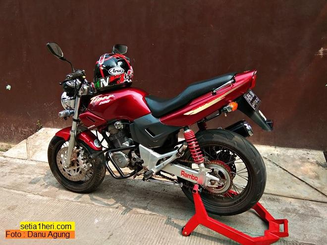 sadis Modifikasi Honda Tiger Revo jadi Tiger lawas dengan part limbah moge