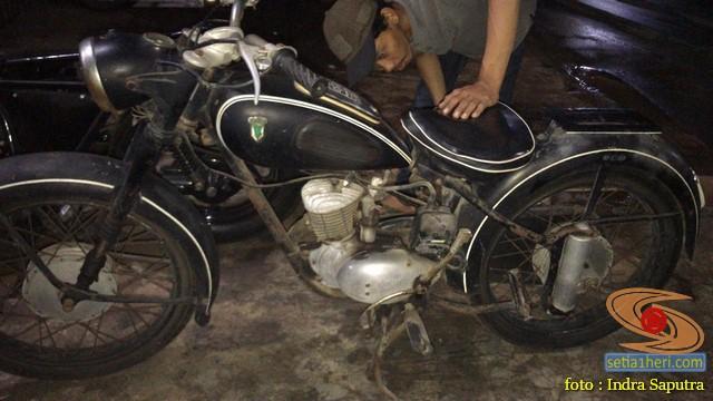 Restorasi motor klasik, unik dan langka merk DKW Union Tahun 1955 (Made in Germany) (3)