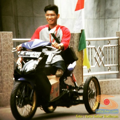 Modifikasi keren Suzuki GSX R150 punya Bro Eztu Sabar Budiman Jakarta
