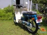 Restorasi motor lawas Yamaha V75, keren dan kinyis-kinyis brosis (7)
