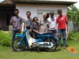 Restorasi motor lawas Yamaha V75, keren dan kinyis-kinyis brosis (9)