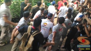 Main angklung di Saung Mang Udjo di Bandung 2019 (10)