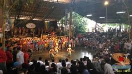 Main angklung di Saung Mang Udjo di Bandung 2019 (5)