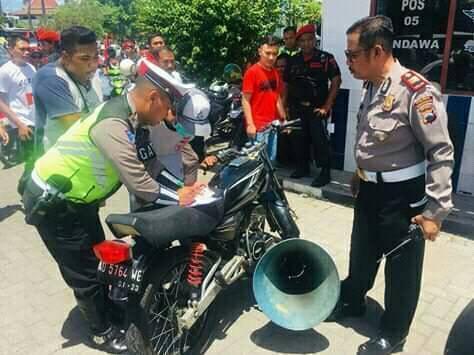 Knalpot-Brong-Mocong-Toa-Ditilang-Polisi