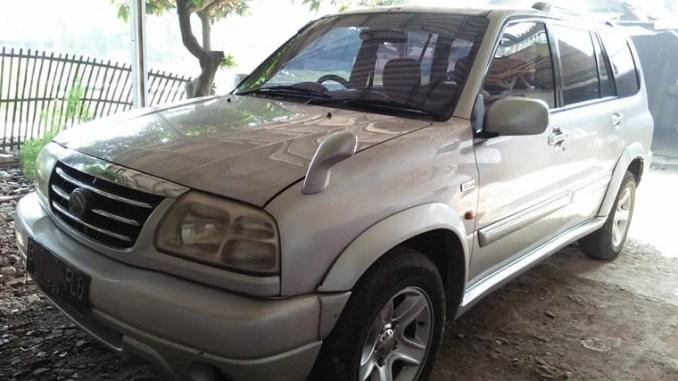 Kelebihan dan kekurangan Suzuki Grand Escudo XL7 AT 2004, monggo diintips brosis