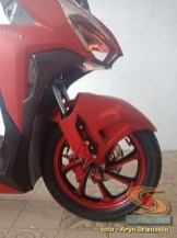 Modifikasi All New Honda Vario 150 merah merona ala sultan brosis (14)