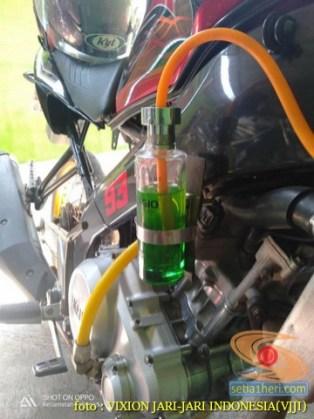 Kumpulan gambar Modifikasi tabung reservoir coolant pada sepeda motor pakai botol parfum gans.. (18)