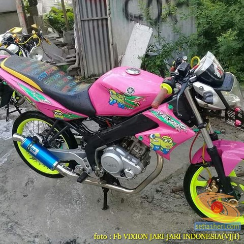 Kumpulan gambar modifikasi Yamaha Vixion warna pink brosis (7)