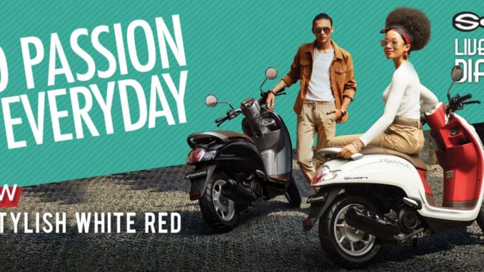 stylish white red warna baru honda scoopy tahun 2019