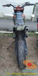 Kumpulan foto bokong motor supermoto...montok abiss gans.. (22)