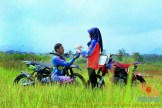 Kumpulan foto romantisme anak motor trail maupun prewedding biker (24)