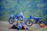 Kumpulan foto romantisme anak motor trail maupun prewedding biker (36)