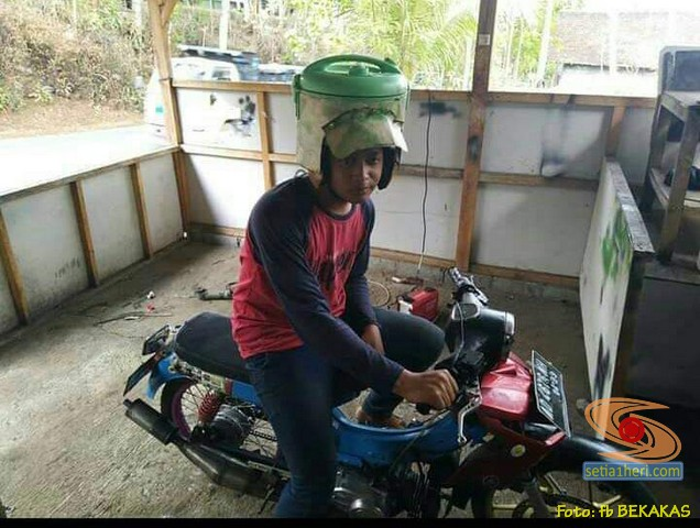 Helm motor bentuk tabung gas lpj, teko serta magic jar...hehehehe