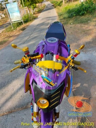 Modifikasi Yamaha Vixion Jari-jari warna Ungu brosis… (3)