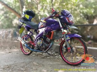 Modifikasi Yamaha Vixion Jari-jari warna Ungu brosis…